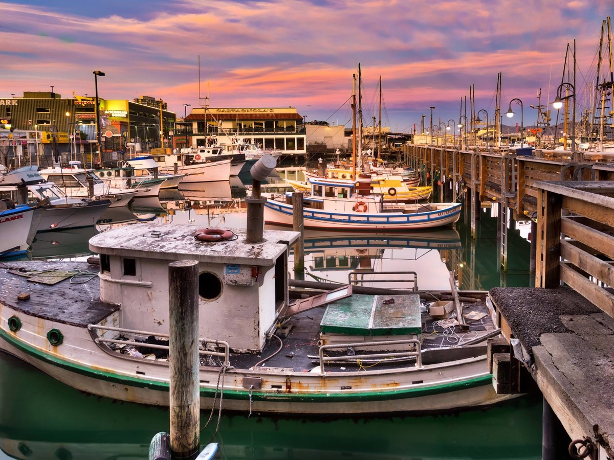Pink Dawn on Fisherman's Wharf